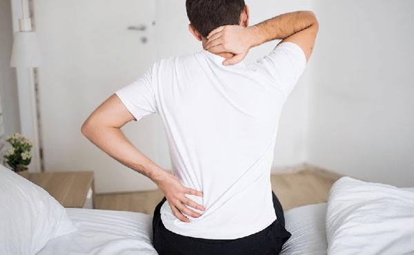 Ngỡ là đau xương khớp thông thường, người đàn ông đi khám mới biết là ung thư di căn-2