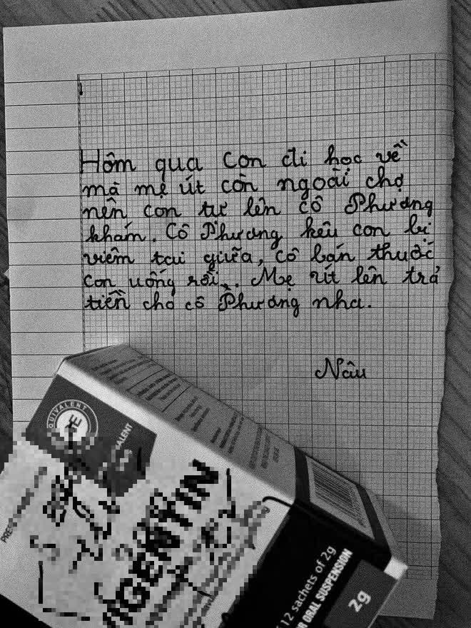Đi làm về, mẹ nuôi 21 tuổi nhìn thấy lá thư con gái gửi, nội dung khiến cô rơi nước mắt-1