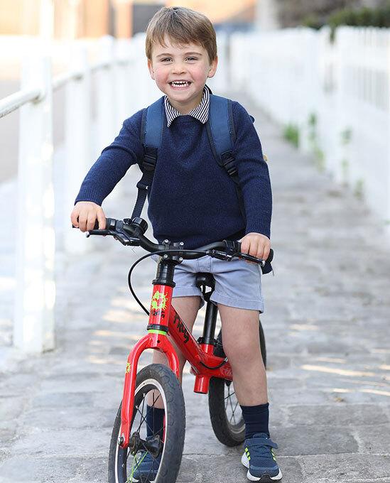 Bức ảnh Hoàng tử Louis sinh nhật tròn 3 tuổi gây bão MXH với chi tiết xúc động, cho thấy sự tinh tế của Công nương Kate-1