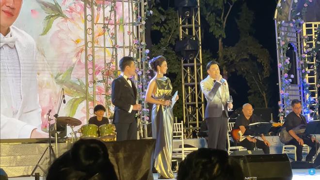 Quang Dũng ứng xử văn minh khi đứng cạnh vợ cũ Jennifer Phạm, nói câu bất ngờ-2