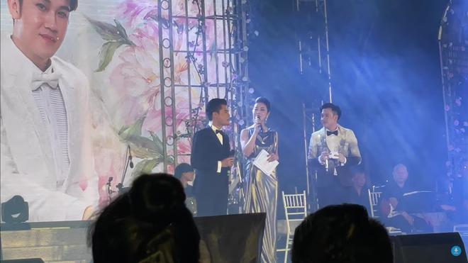 Quang Dũng ứng xử văn minh khi đứng cạnh vợ cũ Jennifer Phạm, nói câu bất ngờ-1