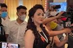 Dân mạng bênh vực nam diễn viên đóng vai mù trong clip có Võ Hoàng Yên, nhiều người trong nghề lên tiếng yêu cầu nghệ sĩ Hồng Ánh xin lỗi-6