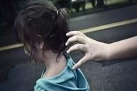 Nghe những tên buôn người thú nhận: Trẻ thuộc 3 kiểu này, kẻ bắt cóc sợ hãi không dám lại gần tiếp cận