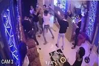 Clip: Rủ nữ nhân viên đi chơi bất thành, nhóm thanh niên đánh người, đập phá quán karaoke