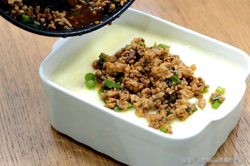 Đậu phụ hấp trứng thịt bằm: Món ăn lạ miệng, vừa bổ dưỡng lại dễ tiêu hóa, ai ăn rồi cũng mê-10