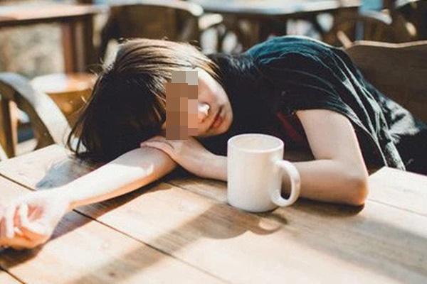 Những người dễ mắc bệnh ung thư thường có 5 điểm chung trước khi đi ngủ, đáng tiếc là người trẻ nào cũng có ít nhất 2 điểm-3