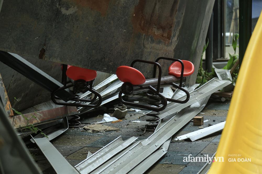 Vụ giàn cục nóng điều hòa đổ sập xuống sân chơi chung cư ở Hà Nội: Tử thần treo lơ lửng trên đầu trẻ nhỏ, chủ đầu tư bỏ chạy-7