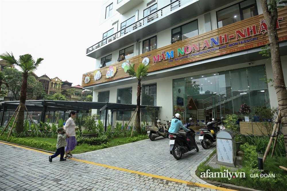 Vụ giàn cục nóng điều hòa đổ sập xuống sân chơi chung cư ở Hà Nội: Tử thần treo lơ lửng trên đầu trẻ nhỏ, chủ đầu tư bỏ chạy-10
