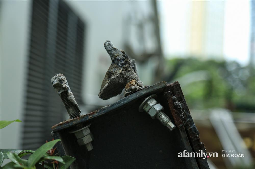 Vụ giàn cục nóng điều hòa đổ sập xuống sân chơi chung cư ở Hà Nội: Tử thần treo lơ lửng trên đầu trẻ nhỏ, chủ đầu tư bỏ chạy-8