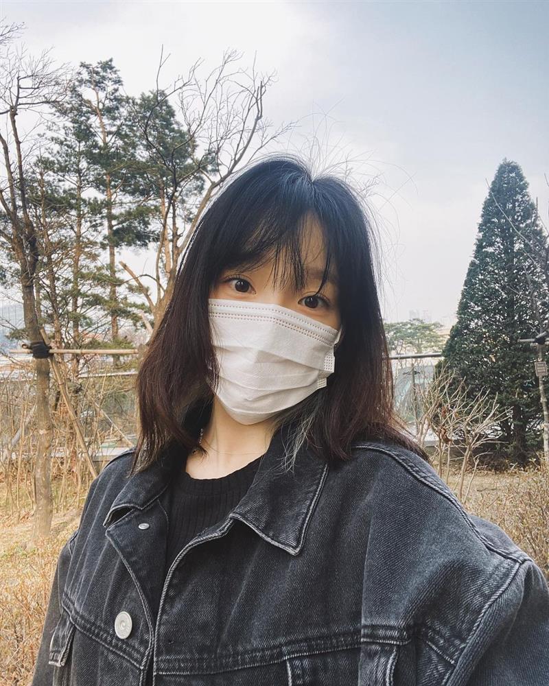 5 kiểu tóc ngắn đẹp mãn nhãn của sao Hàn sẽ khiến chị em muốn xén tóc ngay trước thềm mùa hè-20