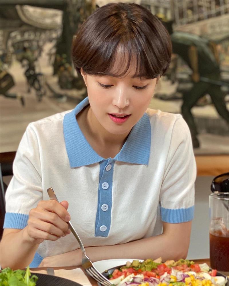 5 kiểu tóc ngắn đẹp mãn nhãn của sao Hàn sẽ khiến chị em muốn xén tóc ngay trước thềm mùa hè-9