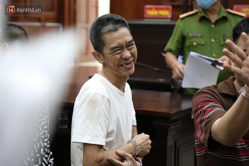 Y án tử hình ông trùm ma túy Văn Kính Dương, Ngọc Miu khóc nức nở, ôm chia tay người tình-6