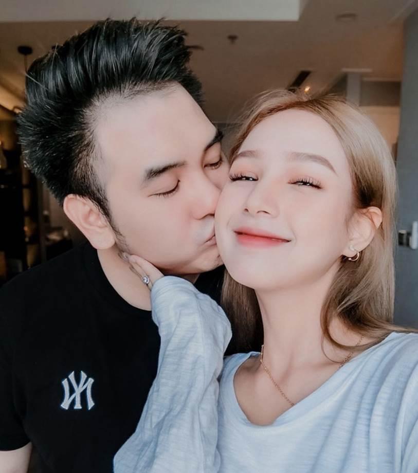 Lấy chồng là streamer giàu nhất Việt Nam nhưng lần đầu tiên Xoài Non tiết lộ cách xài tiền của 2 vợ chồng sau khi kết hôn, khiến nhiều người ngỡ ngàng-2