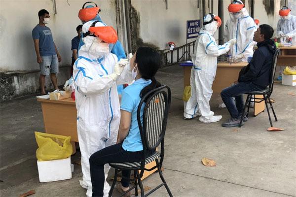 NÓNG: Bà Rịa-Vũng Tàu hỏa tốc tiếp nhận 12 thuyền viên dương tính SARS-CoV-2-1