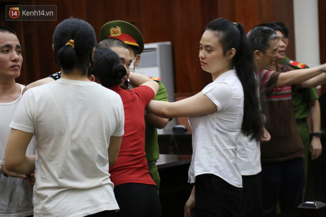 Cái kết đắng cho mối tình giữa trùm ma túy Văn Kính Dương và hot girl Ngọc Miu: Nhận hết tội trạng để bảo vệ người tình đến nụ hôn tạm biệt trước giờ nhận án tử-5