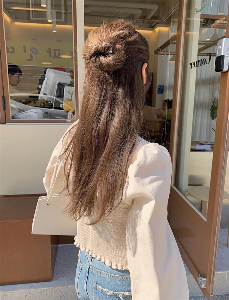 6 kiểu tóc lên hình sống ảo đẹp nhất: Đi chơi lễ cứ phải điệu đà, sang chảnh thế này mới được-2