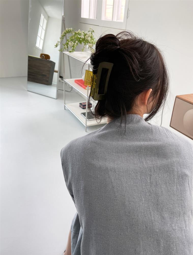 6 kiểu tóc lên hình sống ảo đẹp nhất: Đi chơi lễ cứ phải điệu đà, sang chảnh thế này mới được-10