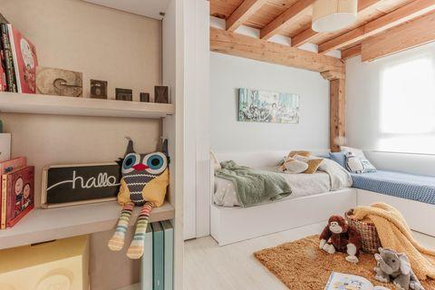 Căn hộ 2 tầng hiện đại và tiện dụng ở trung tâm thành phố được trang trí như một ngôi nhà nông thôn thanh bình-10