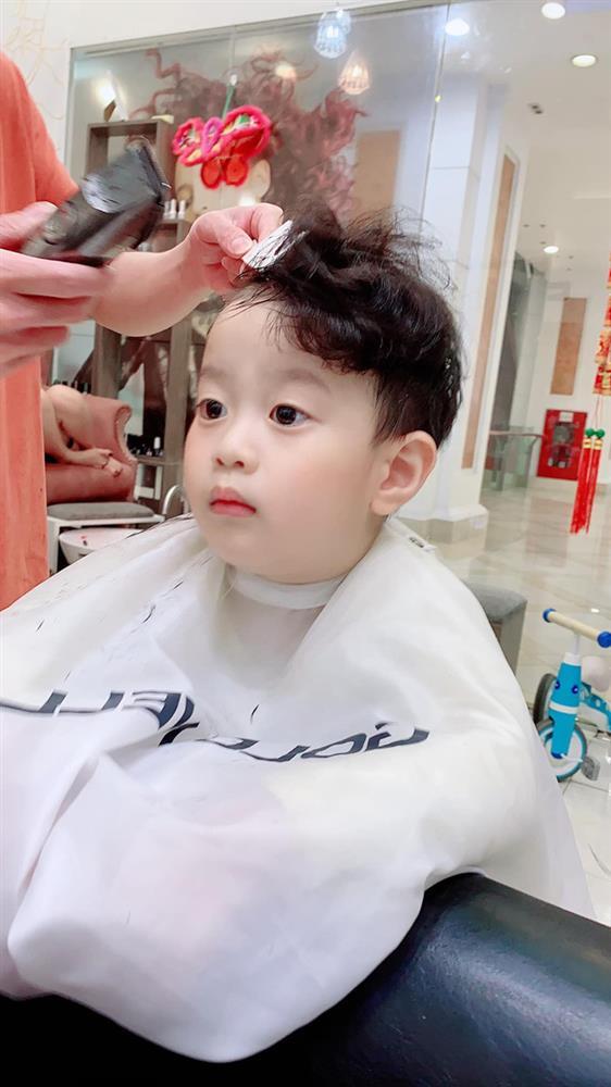 Con trai 5 tuổi hay ốm vặt nằm viện, hot mom Hương Trần - vợ cũ của Việt Anh vẫn có bí kíp chăm con cực bụ bẫm-4