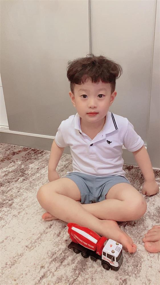 Con trai 5 tuổi hay ốm vặt nằm viện, hot mom Hương Trần - vợ cũ của Việt Anh vẫn có bí kíp chăm con cực bụ bẫm-5