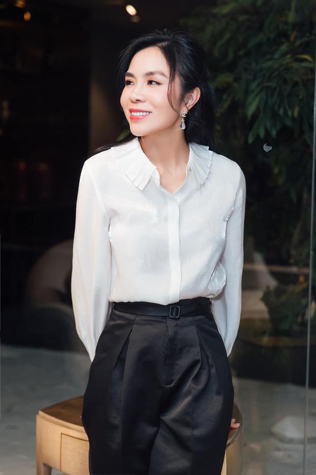 Người bị xoá trong ảnh Phạm Hương bên dàn mỹ nhân Hoàn vũ chính thức lên tiếng, còn tiết lộ mối quan hệ của mình với nàng Hậu-4