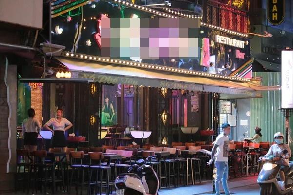 TP.HCM tạm dừng hoạt động của quán bar, vũ trường, karaoke từ 18h ngày 30/4-1