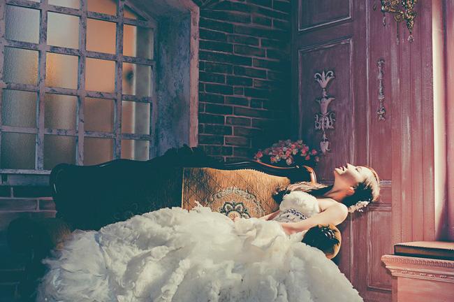 Lọ thuốc lạ sau chuyến công tác của chồng và căn phòng màu đỏ ám ảnh trên phố Vĩnh Hưng: Sự thật chỉ được rõ nét khi người ta thú nhận-2