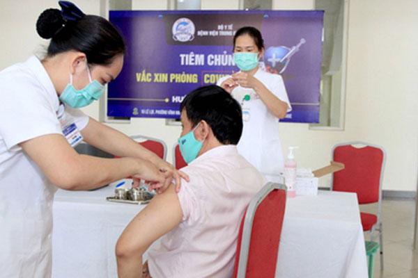 Sáng 1/5: Không có ca mắc mới COVID-19, gần 510.000 người Việt Nam đã tiêm vắc xin COVID-19-1