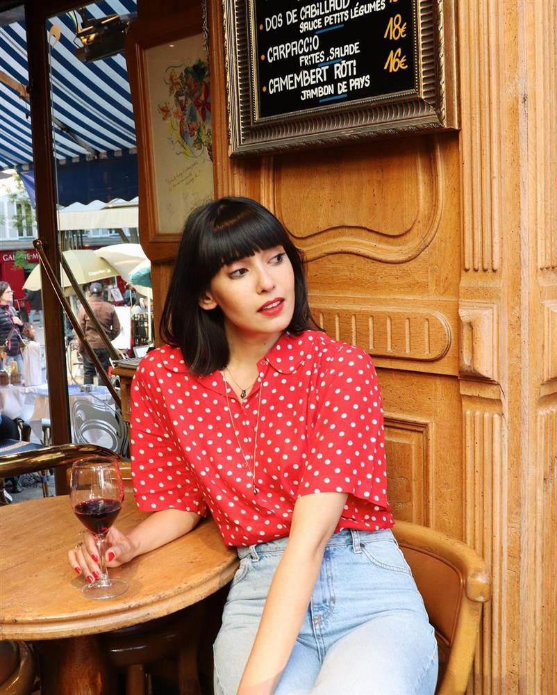 Kiểu áo sơ mi bỏ bùa gái Pháp: Mặc lên trẻ ra mấy tuổi, độ thanh lịch thì miễn chê-8