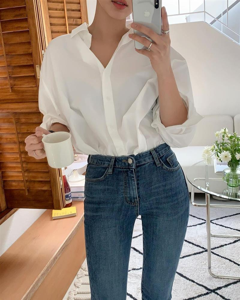Mix quần skinny jeans với 4 kiểu áo sau thì ai cũng sẽ khen bạn mặc đẹp-13