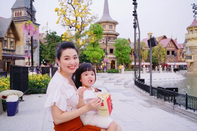Diễn viên Lê Khánh - phụ huynh điển hình của thế hệ Alpha: Cho con trai để tóc dài như con gái, lạ nhất là câu trả lời khi có người hỏi giới tính của con-2
