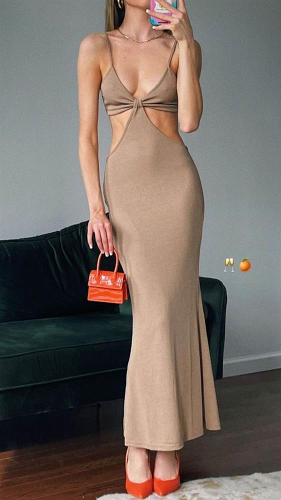 Chi Pu, Kim Kardashian diện mốt váy áo cắt xẻ-9