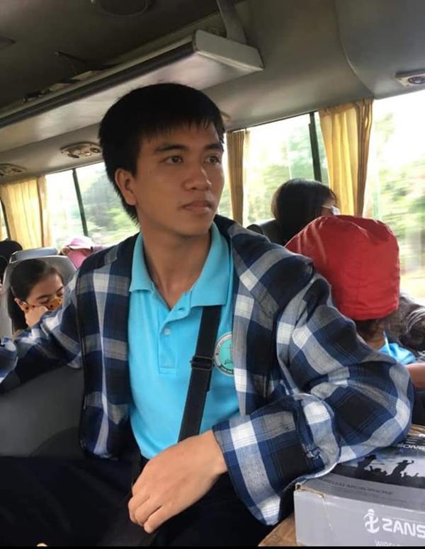 Xót xa tang lễ của nam sinh Nghệ An tử.vong sau khi cứu sống 4 cô gái tắm biển ở Huế-5