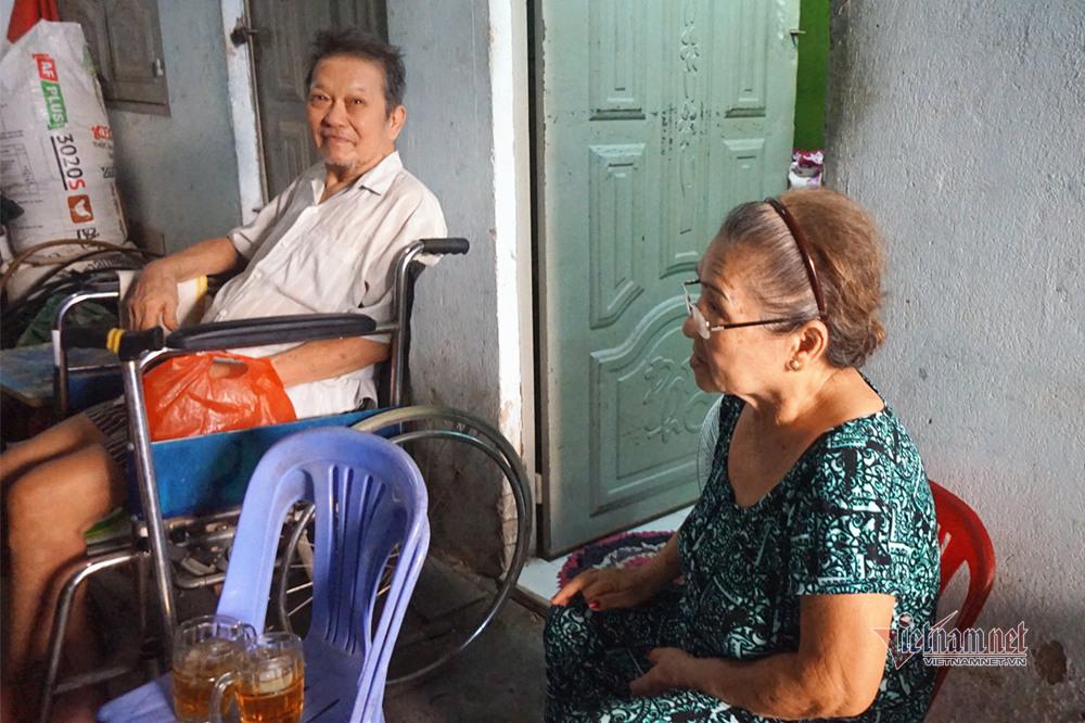 Nghệ sĩ Trung Vinh: Ở nhà trọ 12 m2, vợ chịu đựng chăm sóc, con bỏ mặc-1