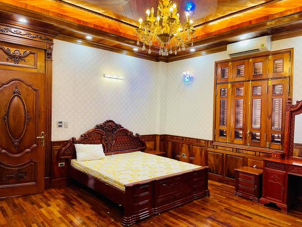 Biệt thự bề thế của gia đình 9X Bắc Ninh: Diện tích 400m2 với 4 tầng, nội thất tinh xảo toàn gỗ nguyên khối nhập từ Lào-17