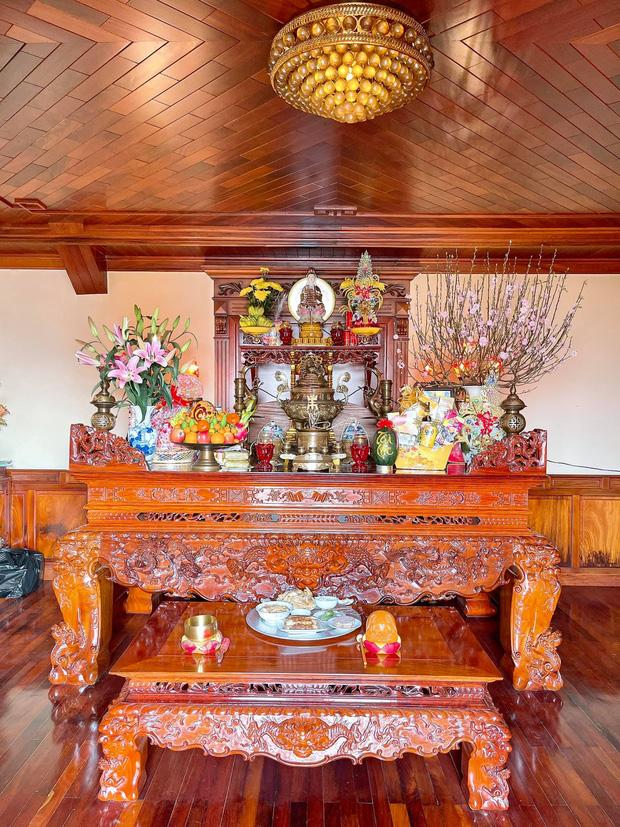 Biệt thự bề thế của gia đình 9X Bắc Ninh: Diện tích 400m2 với 4 tầng, nội thất tinh xảo toàn gỗ nguyên khối nhập từ Lào-18