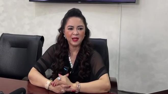 Bà Nguyễn Phương Hằng khen Đàm Vĩnh Hưng đáp trả có văn hóa, nhắn gửi đôi lời-3