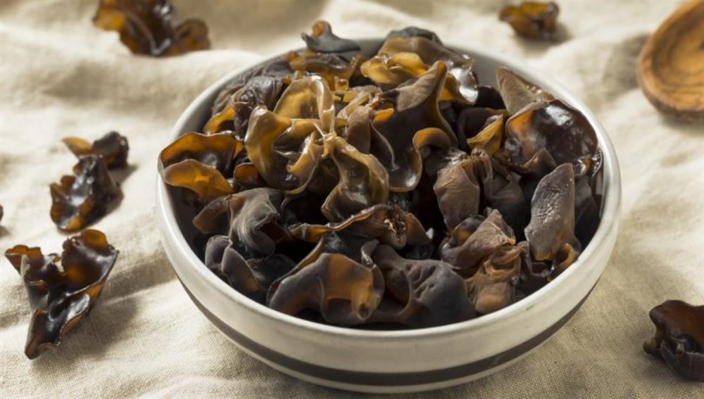 Tử cung rất cần được thải độc bằng 7 món ăn rẻ tiền này: Phụ nữ nên ăn nhiều để tử cung sạch, da dẻ mịn màng hơn-4