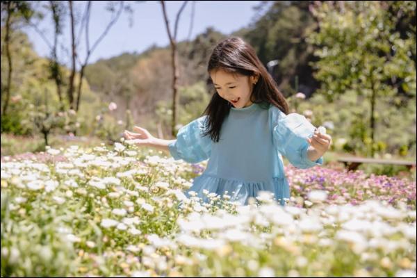 Công chúa nhà HH Hà Kiều Anh đối đáp siêu đáng yêu, chị em chấp nhận sự thật : Đúng là trong nhà mẹ đóng vai ác!-6