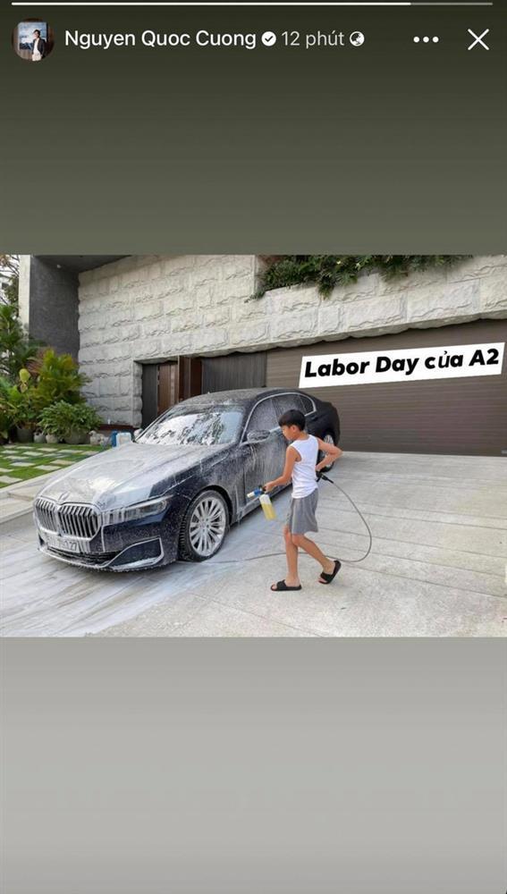 Subeo đúng là quý tử đáng đồng tiền bát gạo: Ngày nghỉ hết rửa xe cho bố Cường Đô La xong lại chạy qua nhà thăm mẹ Hồ Ngọc Hà-3