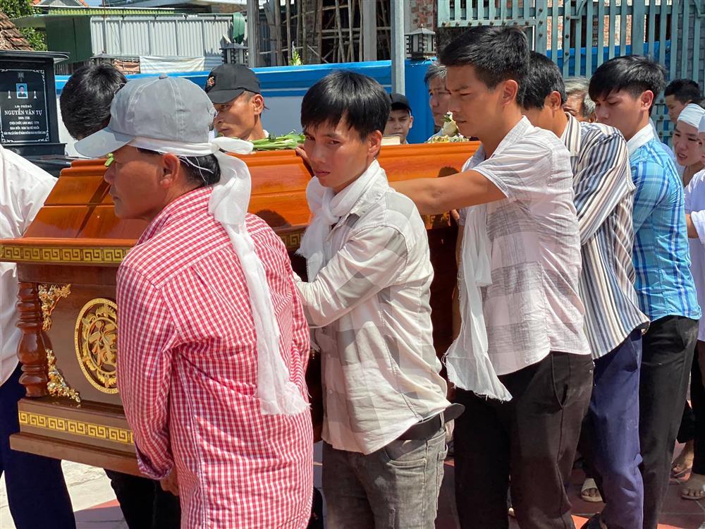 Chủ tịch nước: Xem xét công nhận liệt sĩ đối với nam sinh Nghệ An quên mình lao ra biển cứu sống 4 nữ sinh-4