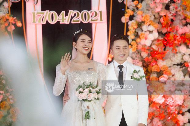 Phan Mạnh Quỳnh và vợ hot girl tạm hoãn đám cưới ở TP.HCM, lý do hé lộ được cả dàn sao Vbiz ủng hộ-4