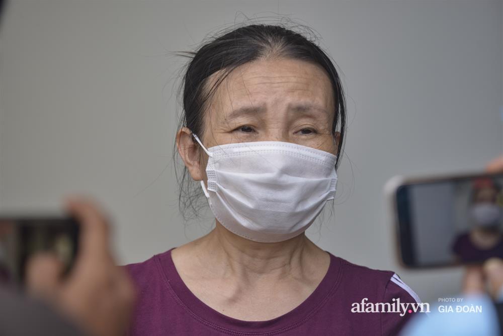 Ảnh: Lực lượng chức năng làm việc với 46 người Trung Quốc nhập cảnh trái phép, thuê chung cư ở phường Cầu Diễn-6