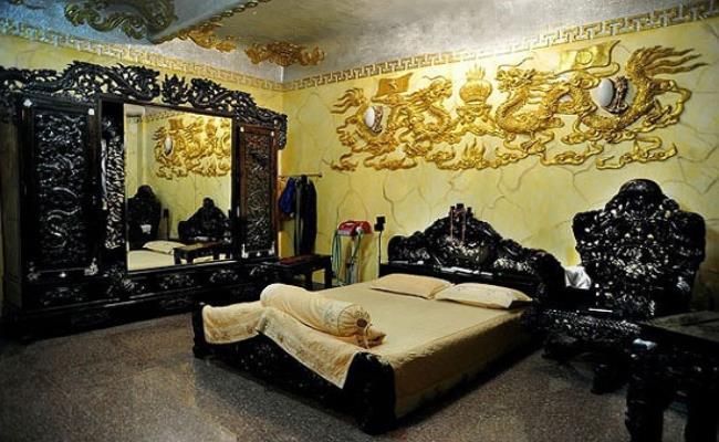Nhà dát vàng lộng lẫy của Lý Nhã Kỳ và dàn sao Việt giàu nứt đố đổ-17