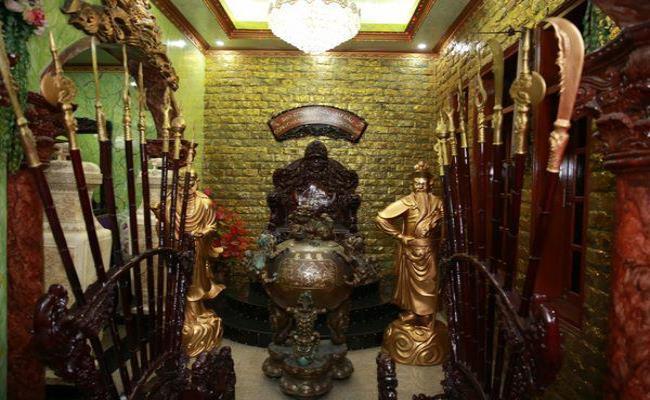 Nhà dát vàng lộng lẫy của Lý Nhã Kỳ và dàn sao Việt giàu nứt đố đổ-18