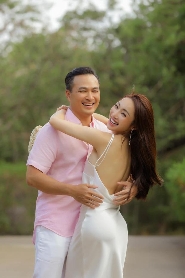 Bà xã Chi Bảo khoe được chồng tặng biệt thự view biển siêu đồ sộ, phản ứng lầy lội khiến dân tình phải bật cười-5
