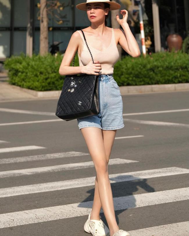 Lâu lắm mới thấy Hà Hồ diện quần shorts, và cách lên đồ xuất sắc hơn xưa bao nhiêu-2