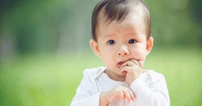 Cậu bé thường xuyên nghịch vùng kín của mình, tưởng chỉ đơn thuần là tật xấu nhưng hóa ra lỗi do người bố-3