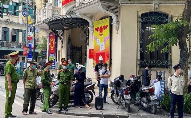 Hà Nội xử lý thẳng tay, người dân bị phạt hơn 300 triệu vì không đeo khẩu trang-1