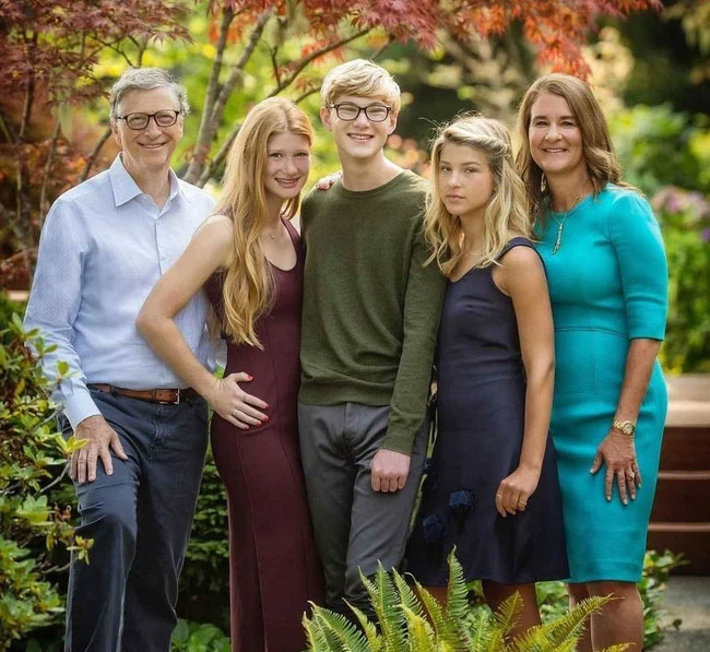Vợ tỷ phú Bill Gates đã ngầm biểu lộ lý do khó nói báo hiệu cuộc ly hôn đắt đỏ thế giới, lỗi thật sự ở ai?-1